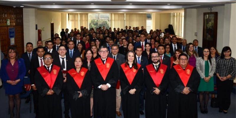 Colegio de abogados y notarios