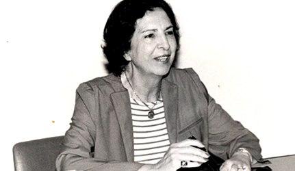 Elisa Molina, doctora