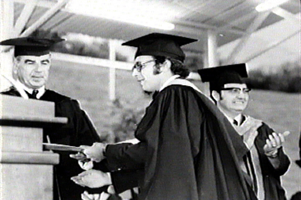 Licenciado Diego Pulido en su acto de graduación