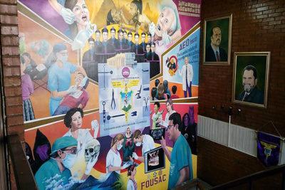 Mural de Facultad de Odontología USAC