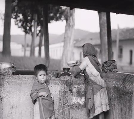 Niñez de Guatemala, Antigua Guatemala 1920