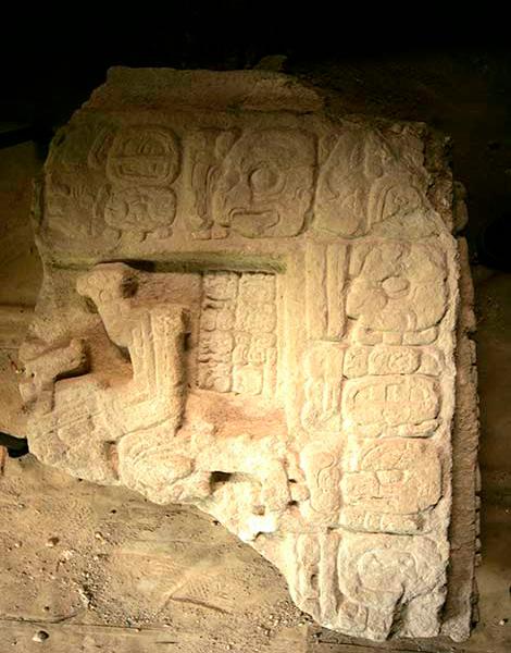 Reina-Serpiente-maya-estela-43-Francisco Castañeda