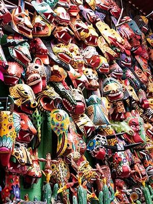 Historia de las máscaras de madera - Foto, Molycata-min