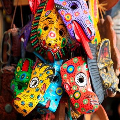 Historia de las máscaras de madera, máscaras - Foto, @Roberthardingphotography-min
