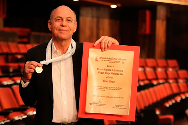 Historia del Premio Nacional de Literatura Miguel Ángel Asturias, David Unger - Foto Ministerio de Cultura y Deportes