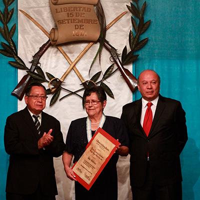 Historia del Premio Nacional de Literatura Miguel Ángel Asturias, Delia Quiñonez - Foto Ministerio de Cultura y Deportes
