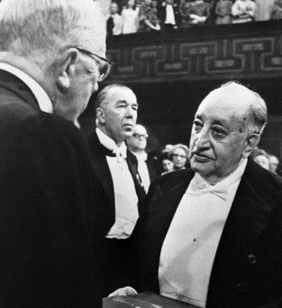 Historia del Premio Nacional de Literatura Miguel Ángel Asturias, Miguel Ángel Asturias - Foto Beltrán Gambier