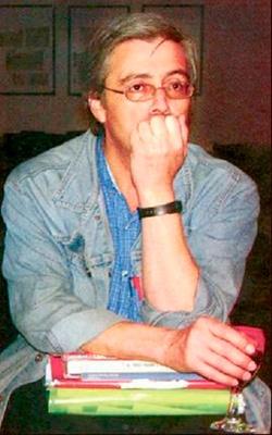 Luis Perdomo Orellana, Foto por goodreadds