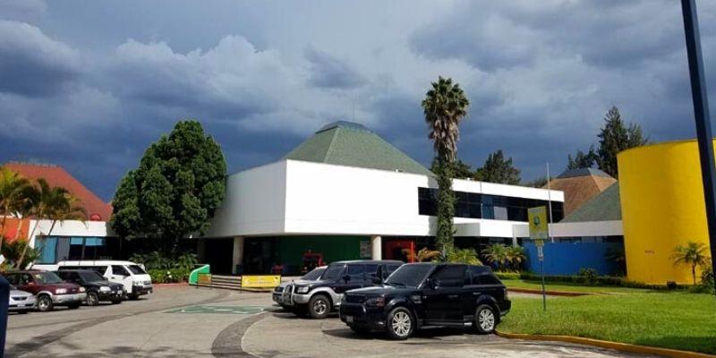 Museo de los Niños instalaciones exteriores, foto BridgeandtunnelClub