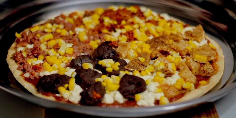 Receta de pizza guatemalteca, pizza cocinada - Anna la Ucraniana