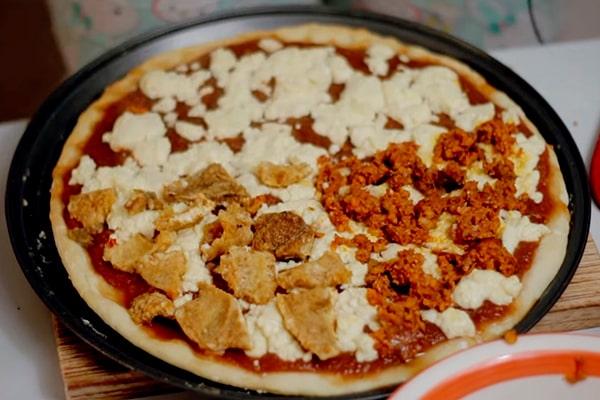 Receta de pizza guatemalteca, preparación de pizza - Anna la Ucraniana