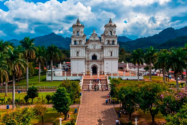 cristo-negro-señor-de-esquipulas - Foto Paseo Guatemala
