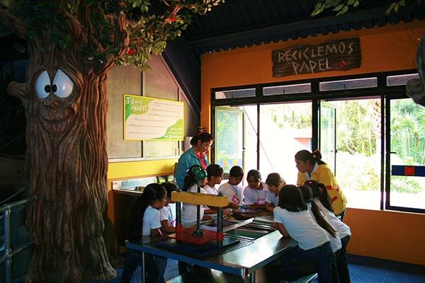 museo-de-los-niños-guatemala-reciclaje-Foto-Travel Notes
