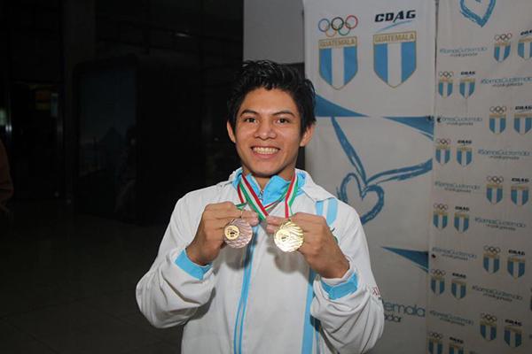 Biografía de Jorge Vega, medallas - Foto Comité Olímpico de Guatemala