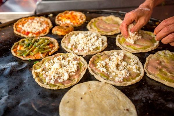 Chalupas de pollo guatemaltecas - Foto Cocina Delirante