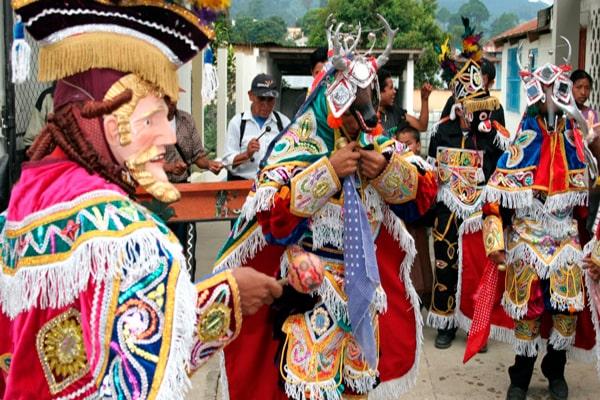 Danzas folclóricas de Guatemala - Foto Guatemala Realidad y Cultura