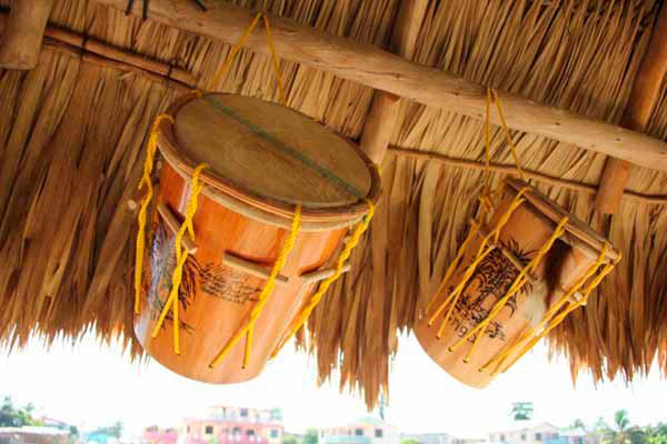 El canto y la música garífuna - Foto Kenny Castillo