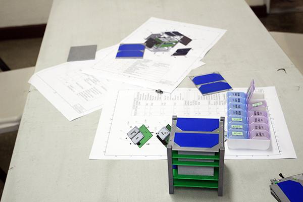 Historia del Quetzal 1, primer satélite guatemalteco, modelo cubesat - Foto CubeSat Universidad del Valle de Guatemala