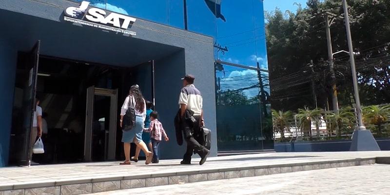 Obligaciones del pequeño contribuyente en Guatemala - Foto Diario Centro América