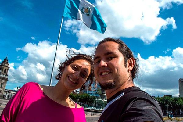 Guatemaltequismos para decir sí más comunes - Foto Renunciamos y viajamos