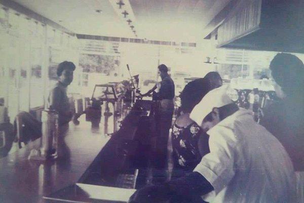 Historia del primer restaurante de 24 horas en Guatemala, 1960 - Foto Jose Rodolfo Vizcaino Freyre