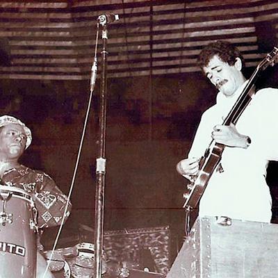 Visita de Carlos Santana a Guatemala en 1973, mateo flores - Foto Jorge Palmieri
