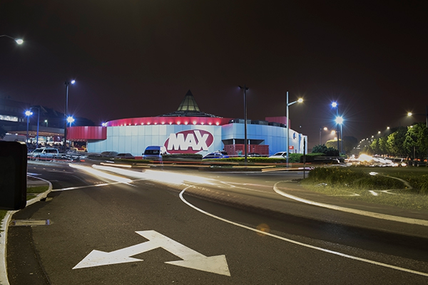 Descripción de foto - Exterior de una Súper Tienda Max ubicado en Majadas zona 11. - Crédito - Grupo Distelsa