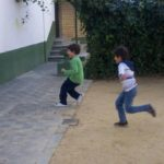 Juego infantil 1, 2, 3 Cruz roja en Guatemala