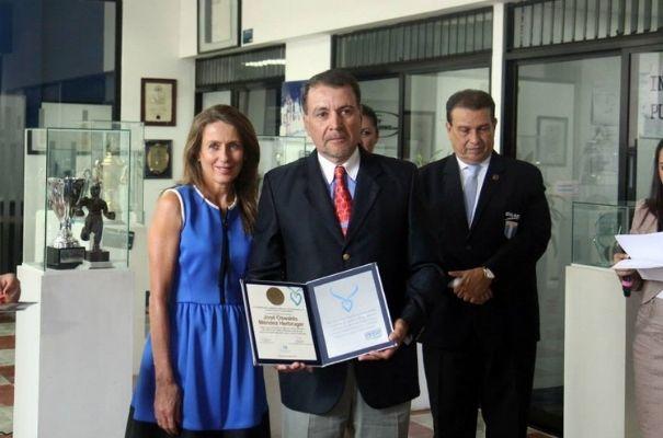 Biografía de Oswaldo Méndez, jinete ecuestre guatemalteco--