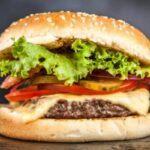 Pasos para cocinar hamburguesa al estilo guatemalteco